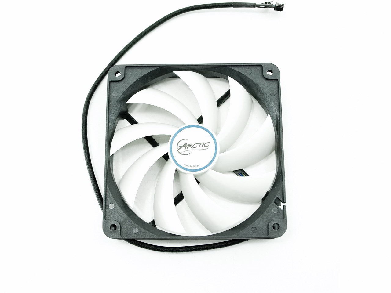 ARCTIC Accelero Hybrid II-120 Air/Liquid Cooler Review