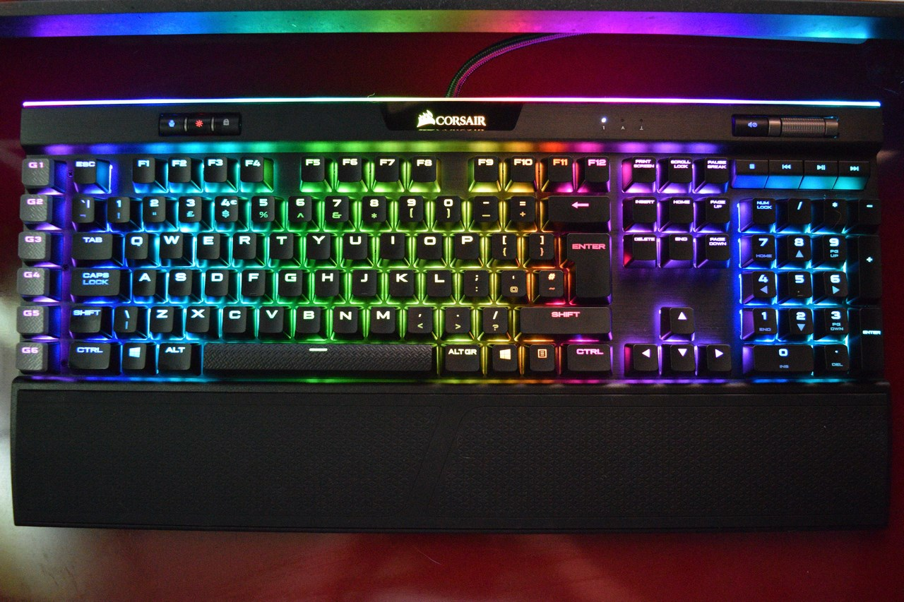 Corsair K95 Rgb Platinum Mechanical Keyboard Review Engine Diagram Here Weve Placed Several Of The Available Effects One Can Use With Utility Including Custom We Made In Cue
