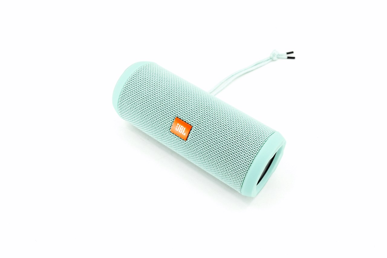 JBL Flip 3 Portable Bluetooth Speaker Review