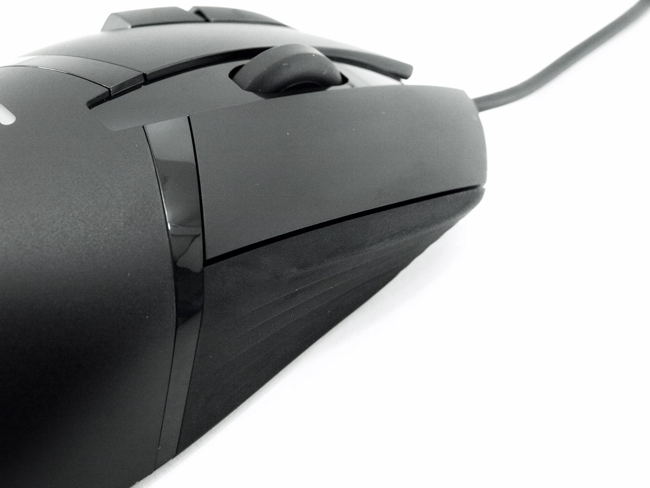 Logitech G402 Hyperion Fury Gaming Mouse Review